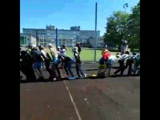"Школа МОУ ""СОШ пос. им. Морозова"" kullanıcısından video"