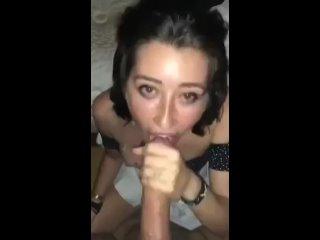 Сучка любит сосать член  ( порно анал пизда хуй зрелая минет ебет сосет сиськи попа русское частное домашне рот соска телка )