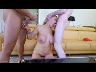 Мальчик Jordi с другом трахают зрелую маму ММЖ МЖМ group sex porn orgy milf mom mature busty fat ass tits boob milk папа отец