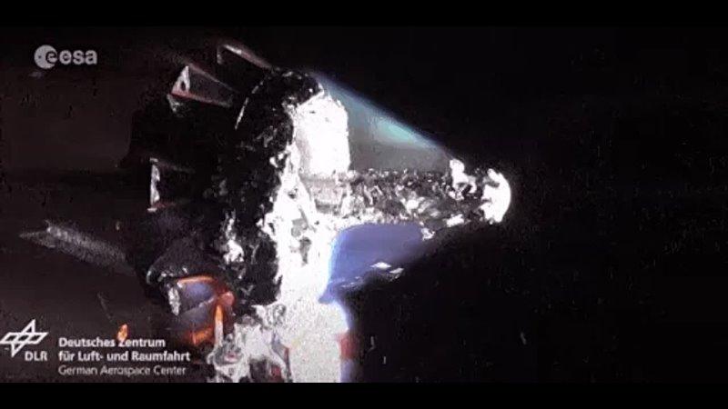 Спутник сжигают в плазменном туннеле чтобы убедиться что он сгорит при сходе с орбиты