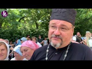 Крестный ход УПЦ в Киеве собрал сотни тысяч украинцев. Опрос