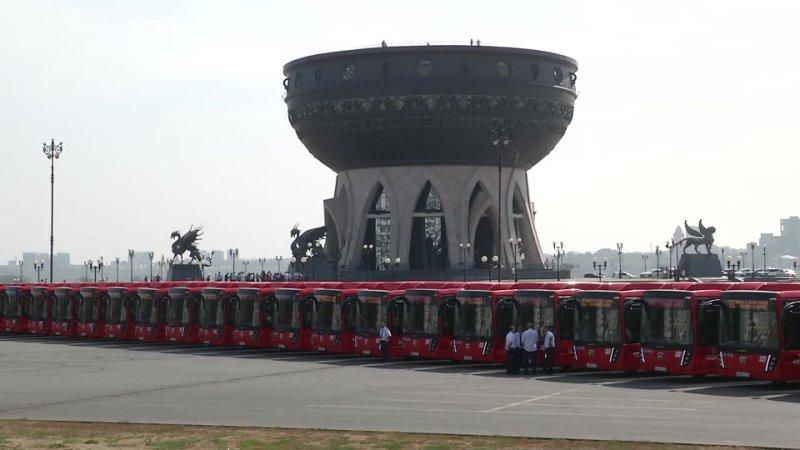 В Казань поступила партия из 40 новых низкопольных автобусов марки НефАЗ