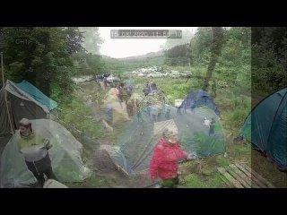 Нападение главы Ишимбайского района Азамата Абдрахманова на лагерь  ( 720 X 1280 ).mp4