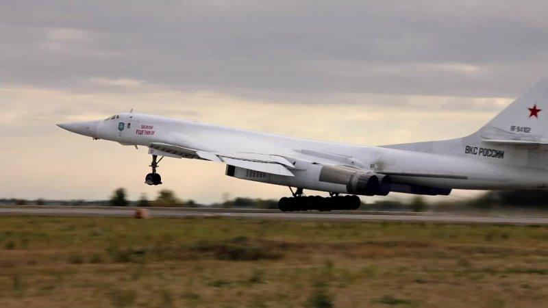 Самолеты ВКС России совершили плановый полет над водами акватории Балтийского моря