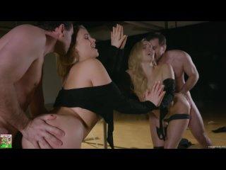 Демонстрирует Свою Сексуальную Попку |  Показала Анал | Сексуальные Попки 18+ Порно Жопы Миа Малкова любит это грубо