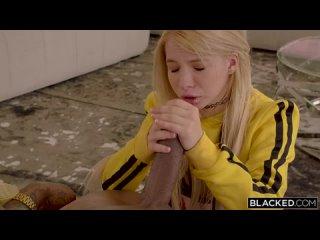 Сестра девушки проникла в комнату спящих молодожёнов. (HD 1080 Blacked, Interracial, Blonde, Hardcore)
