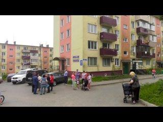 Константин Шестаков встретился с жителями поселка Парис.mp4