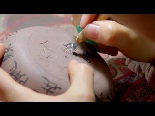 Китаянка 30 лет оттачивает искусство изготовление чайников из глины