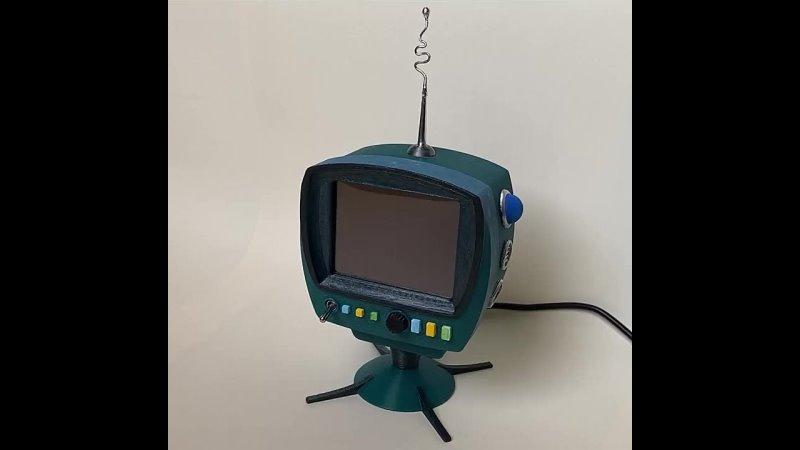 ТВ из Футурамы на Raspberry Pi