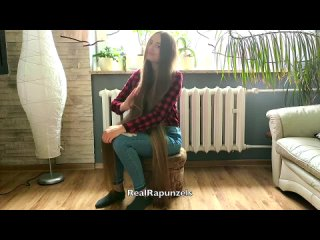 RealRapunzels - A Real Long Hair Enthusiast (preview). .