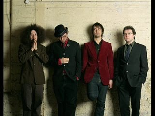 06_Acoustic Ladyland - Worry