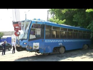 В Курске в ДТП с трамваем пострадали два человека