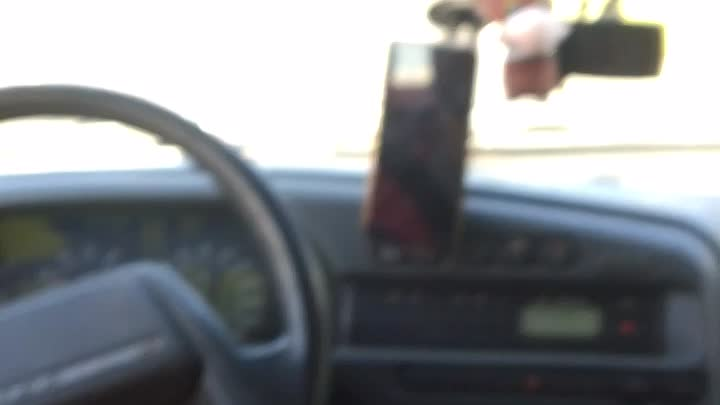 На Ропшинском шоссе толкнулись мотоциклист и Крета