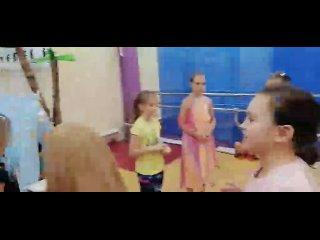 video-262b33eab7ba0d49fb177d5f56b6bc5d-V.mp4