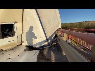 Из-за серьёзного ДТП на мосту трассы М5 в Челябинс...