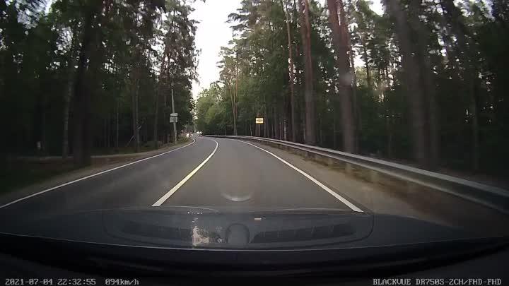 Что-то странное творилось только что на Приморском шоссе в поселке Серово