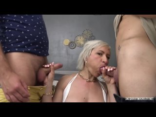 Jacquieetmicheltv - Colorful with Kim, 41 years old Kim (720p)