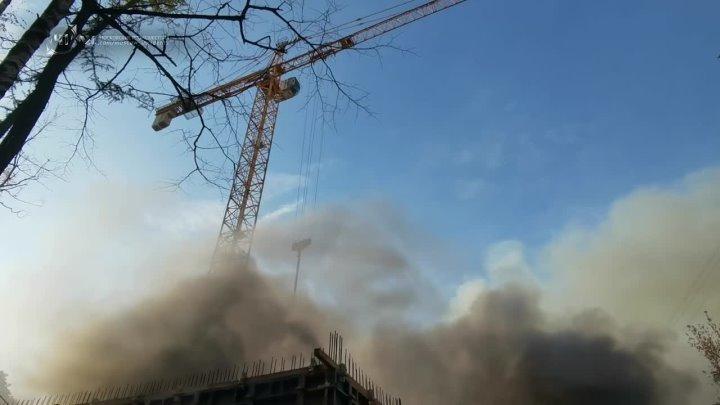 Пожар на юго-западе Москвы.
