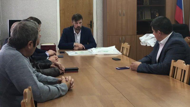 Глава района Александр Дубов встретился с представителями лесной отрасли 17 09 2021 Верховажский вестник