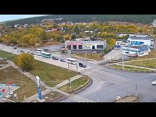 Вот такое ДТП сегодня произошло в Каменске-Уральск...