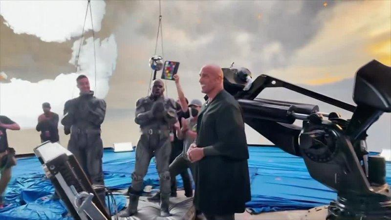 Видео Дуэйн Джонсон объявил о завершении съемок Черного Адама