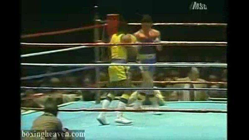 1979 Golden Gloves Hector Camacho vs Paul De Vorce