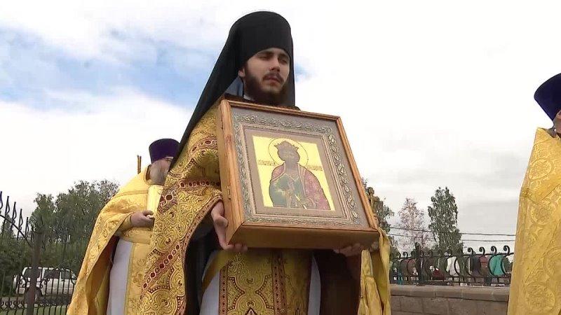 Прихожане Свято Владимирского храма в Челябинске встретили престольный праздник с митрополитом Алексием