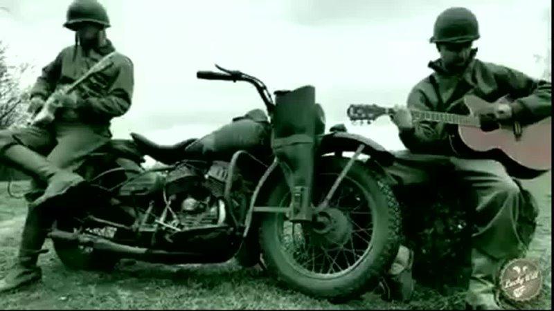 Игра на гитаре под двигатель мотоцикла