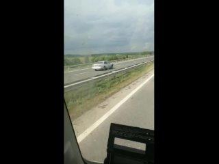 Авария на Ленинск_Кузнецкой трассе / 6 рукопожатий