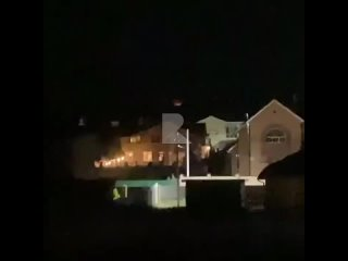 ❗️От подписчицы Это ночной вид из окна в Дядьково, в стороне  Дубровичей видно открытый огонь. По карте пожаров видно ,что гор