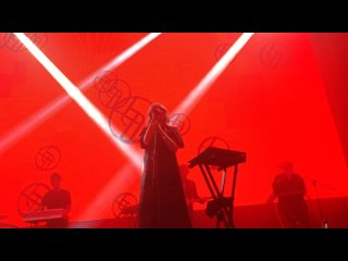 13. White Elephant (Ladytron-Live in Moscow')