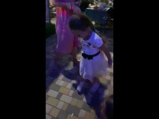 Video by Oksana Savchenko