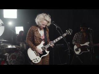 Samantha Fish ' 07/21 - ' Faster ' live at Soundcheck in Nashville, TN