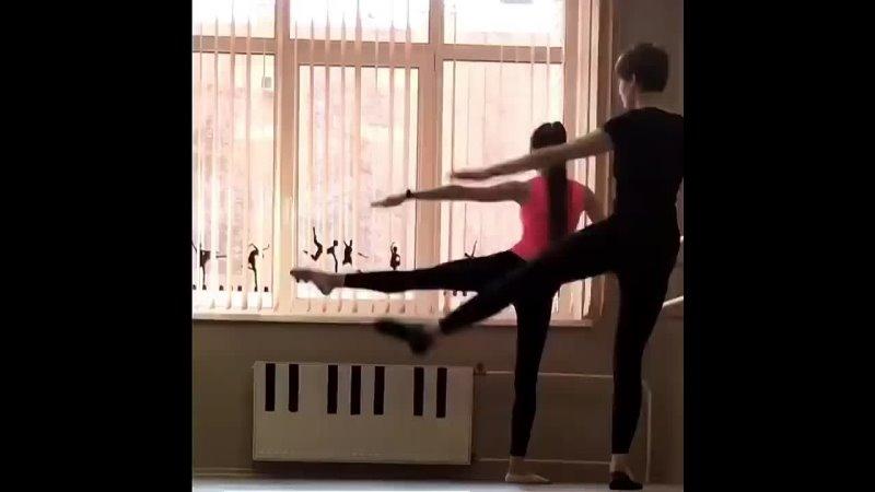 ФИТНЕС ИЛИ ТАНЦЫ Не устаете восхищаться осанкой и гибкостью балерин но считаете что ваш шанс быть столь же изящной навсегда