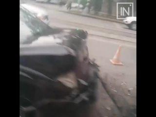 На улице Ленина произошло ДТП, сообщает читатель. Подробн...