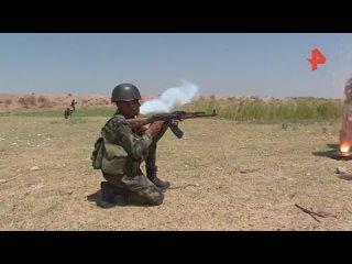 Российские военные провели учения с сирийскими огнеметчиками в САР