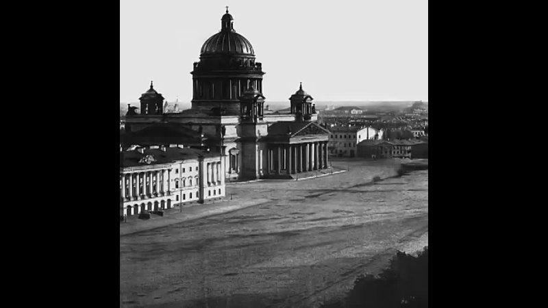Уникальная панорама Петербурга 1861 года  160 лет назад неизвестный фотограф сделал с башни Адмиралтейства круговую панораму... [читать продолжение]