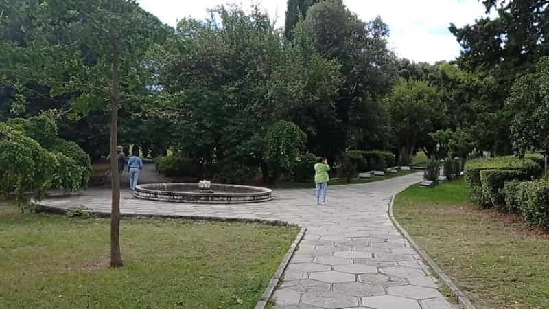 Сентябрь 2021 Прогулка по Ливадийскому парку