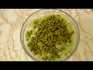 Салат на каждый день, готовлю его постоянно и не надоедает! Вместо майонеза заправка😋