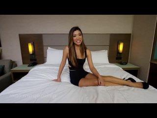 18 Years Old Casting (E361) ( порно трах ебля секс инцест porn Milf home шлюха домашнее sex минет измена)