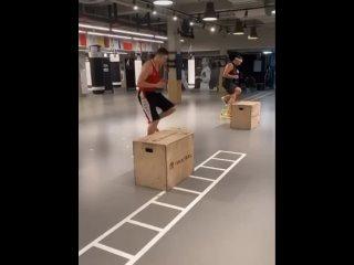 """Видео от Школа бокса """"Малахитовый гонг"""""""