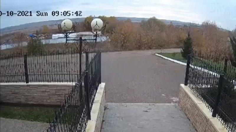 Видео падения самолета Л 410 УВП в ТатарстанеSkyWay Aviation Channel2 748 просмотров13 окт 2021 г В Татарстане в городе Менз
