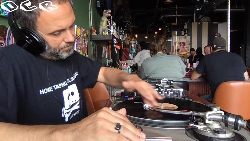 Brunch with Vincent Patricola LIVE from Stache International