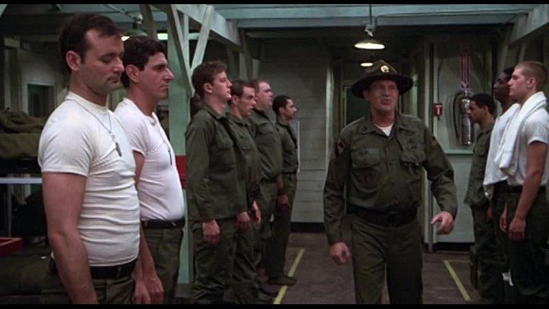Джон Ларрокетт в фильме Добровольцы поневоле Комедия военный США 1981