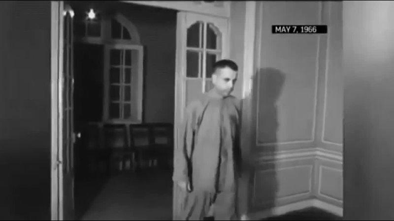 Джеремайя Дентон военнопленный моргает азбукой Морзе слово пытка во время конференции снятой его вьетконговцами