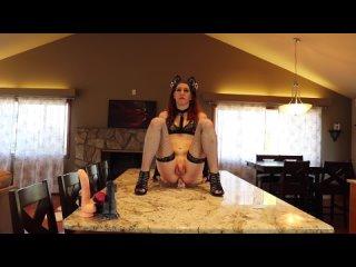 Порно с Транси Шлюшкой | Сексуальная Членодевка | Hot Dickgirls Porn | Shemales Porn когда-нибудь видели, как котенок набрасывае