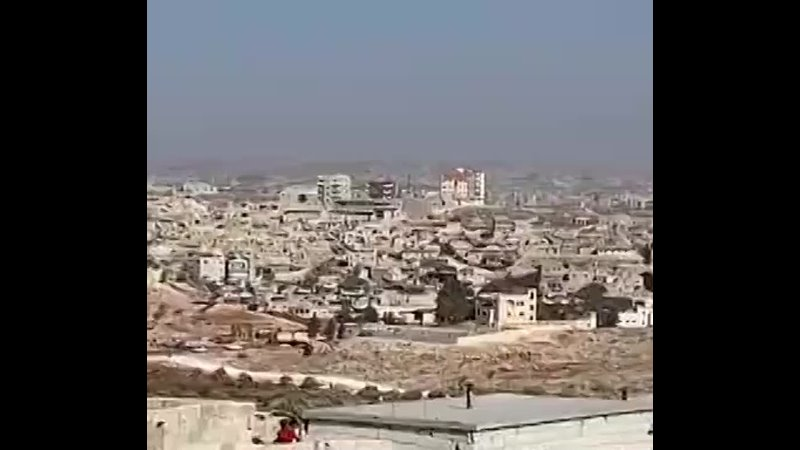 момент атаки сирийской армии на штаб террористов