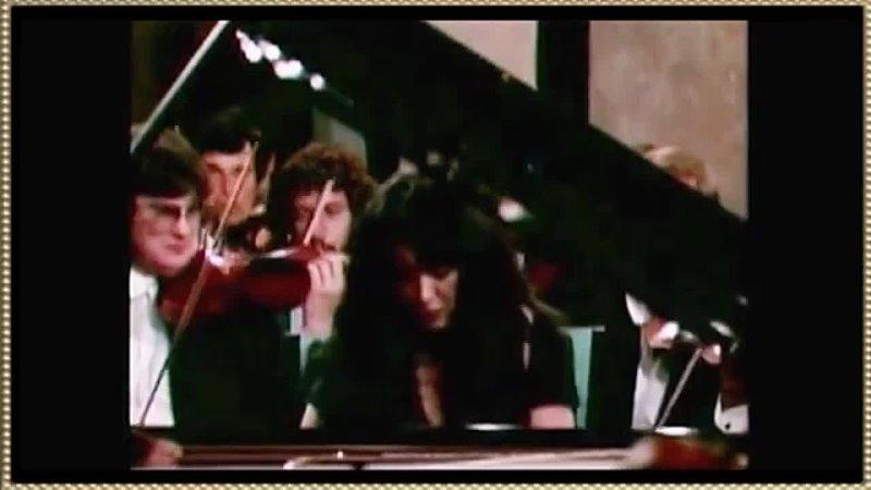 MARTHA ARGERICH ~ Beethoven Piano Concerto No 1 in C major Seiji Ozawa