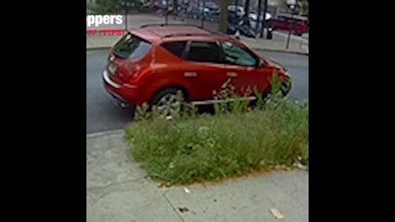 Разыскивается за ограбление 9 23 21 @ 7 19 утра в районе Rodney St