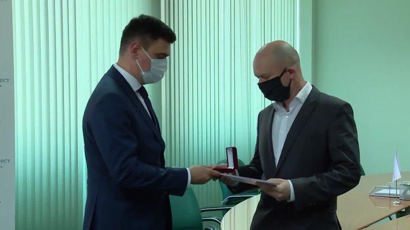 Волонтеры Уральской Стали награждены медалями президента Российской Федерации